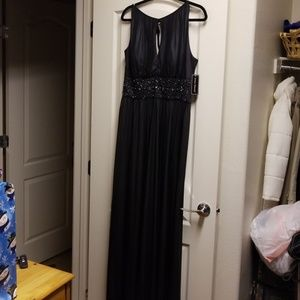 Jessica howard formal black gown w/ beaded accent